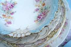 Vintage china, wish it was white gold or silver though, or even just a finer line.  I'm not a big fan of yellow gold, but done right, it can make or break a china design