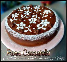 Cercate le nostre ricette su facebook: #LeMilleEunaTortaDiDanyeLory RICETTA DI: Rosa Cassatella Ingredienti: • 3 uova • 125 g di zucchero • 200 g di farina 00 • 1 bustina di lievito per dolci • 125 ml di latte • 8 cucchiai di Nutella • 200 g di mascarpone • Zucchero a velo q.b. Procedimento: In…