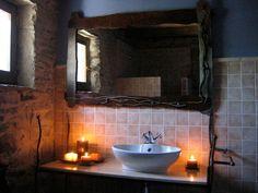 Lavabo y Espejo Rustic Decor, Bathroom Lighting, Bathrooms, Mirror, Furniture, Home Decor, Bathroom Sinks, Mirrors, Bathroom Light Fittings