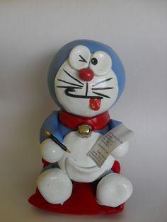 """Doraemon el gato cósmico echo en porcelana fría :D    Si te gustaba esta serie animada cuando pequeña Dale """"Me Gusta""""!! :)"""
