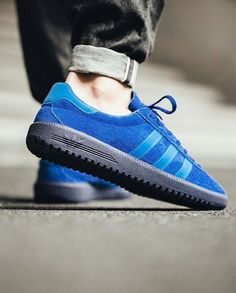 6fb724367 adidas Originals Bermuda  Collegiate Royal Bluebird Dark Blue