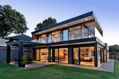 Terrific Modern House Exterior Modern House Design Modern House Plans Exterior Modern Family House Exterior Paint Colors – 2018 Exterior Home Design Best Modern House Design, Modern House Plans, Modern Glass House, Casas Containers, New Zealand Houses, House On Stilts, Modern Contemporary Homes, Modern Homes, Rustic Modern
