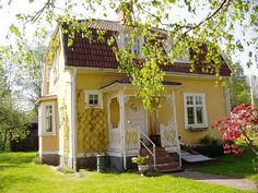 charming yellow cottage in Sweden