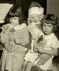 Here are some creepy vintage Santa Claus photos sure to put trauma in your stocking this year. These incredibly creepy Santas don't care if . Vintage Christmas Photos, Retro Christmas, Vintage Holiday, Holiday Photos, Christmas Pictures, Vintage Photos, Black Christmas, Santa Pictures, Victorian Christmas