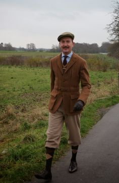 The Danish Chap's Attire Chronicles: Plus-fours and Norfolk jacket