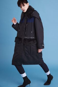Iceberg Pre-Fall 2016 Collection Photos - Vogue...big snuggly parka with faux fur collar & pocket flaps!