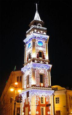 Christmas decorations, Duma Tower, Avenida Nevski, San Petersburgo, Russia.