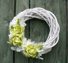 Věneček v zelenobílé - na přání Wooden Wreaths, Mesh Wreaths, Grapevine Wreath, Grape Vines, Decoration, Shabby, Merry, Seasons, Simple