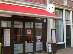 Located in Amsterdam's Jordan Neighborhood, Japanese Pancake World is the place to go for something really different. Follow this link to see other places to  eat at in the Jordaan neighborhood:  http://mikestravelguide.com/where-to-eat-amsterdams-jordaan-neighborhood/