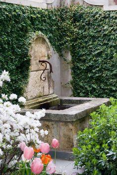 gartenideen blumen einpflanzen wasser