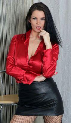Résultat d'images pour Old Lady in Satin Blouses Satin Skirt, Satin Dresses, Sexy Dresses, Hot Outfits, Skirt Outfits, Fashion Outfits, Sexy Older Women, Sexy Women, Satin Bluse