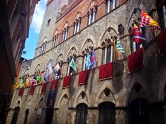 #spistudyabroad #Siena #Italy #Palio #flags #Italian #immersion: http://www.spiabroad.com/italy