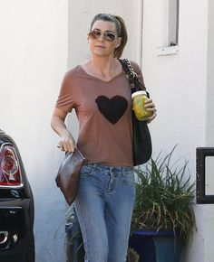 Ellen Pompeo Photos - Ellen Pompeo Stops by a Salon - Zimbio
