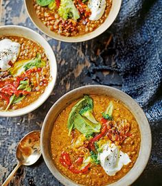 This comforting Indian soup recipe is packed with flavourful roasted chillies, and topped with a cooling dollop of (soya if vegan) yogurt. Chilli Recipes, Vegetable Recipes, Indian Food Recipes, Soup Recipes, Cooking Recipes, Vegetable Soups, Detox Recipes, Free Recipes, Cooking Tips