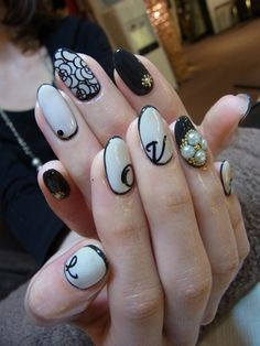 Japanese Nail Art Manicure Black and White Love Black Lace Pearls Detailing - 60 Examples of Black and White Nail Art Lace Nail Design, Lace Nail Art, Lace Nails, White Nail Designs, Cool Nail Art, Nail Art Designs, Bling Nails, Nails Design, Black And White Nail Art