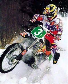 Donny Schmit Yamaha Motocross Racer, Motocross Bikes, Vintage Motocross, Dirtbikes, Yamaha, Old School, Rock Rock, Dirt Biking, Cars