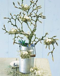 Osterdeko selber machen: Ideen zum Basteln In order not to miss the magnolia blossom again this time Easter Flowers, Easter Tree, Easter Wreaths, Spring Flowers, Easter Lamb, Easter Bunny, Deco Floral, Easter Crafts, Easter Ideas