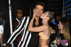 Miley Cyrus Says Robin Thicke Wanted Her 'as Naked as Possible' at the 2013 MTV VMAs