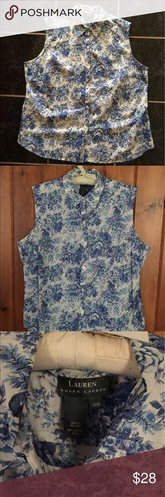 💐Lauren Ralph Lauren sleeveless blouse💐 Lauren Ralph Lauren sleeveless flower print blouse EUC 💯 % cotton Ralph Lauren Tops Blouses