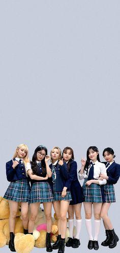 Neon Heart Light, Pop Group, Girl Group, Squad Photos, Like A Lion, Last Dance, Cute Korean Girl, Girl Wallpaper, Aesthetic Iphone Wallpaper