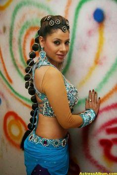 bhojpuri-actress-sambhavna-seth-latest-spicy-hot-stills-3