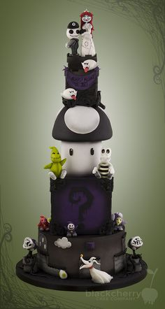 Check out this amazing wedding cake by the Little Cherry Cake Company mashing up the world of Super Mario and The Nightmare Before Christmas. So this ama