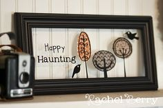 Picture Frame Art-- Fabric and paint right on the glass, brilliant and easy!