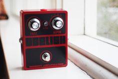 Black Red blocks metal knobs