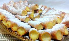 Rulouri umplute cu crema de vanilie Romanian Desserts, Romanian Food, Cookie Recipes, Dessert Recipes, Good Food, Yummy Food, Cake Cookies, Afternoon Tea, Food And Drink