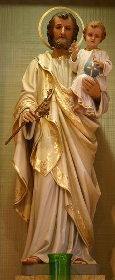 Joseph and Christ Child after restoration Catholic Art, Catholic Saints, Patron Saints, Religious Art, Roman Catholic, St Joseph Prayer, St Joseph Statue, Saint Joseph, Jesus E Maria