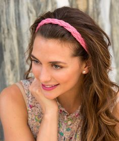 Wide Braid Headband @redheartyarns - easy headband to create in minutes - no knitting or crocheting required!