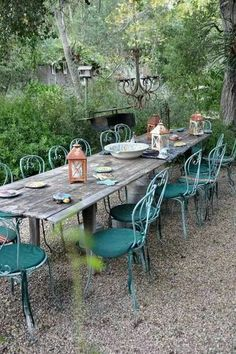 I would love a weather proof outside rustic table like this.