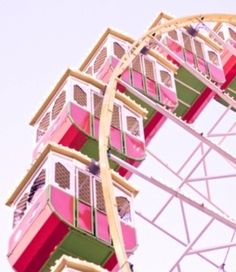 riding a pink ferris wheel! Carrousel, Grande Hotel, Carnival Rides, Carnival Girl, Amusement Park Rides, Fun Fair, Everything Pink, Illustrations, My Favorite Color