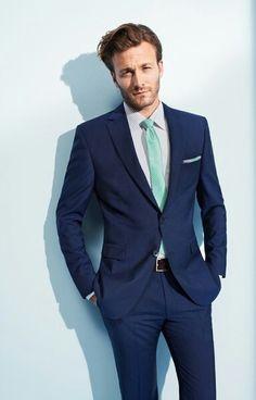 navy suit mint tie - I like the blue tie Navy 3 Piece Suit, Navy Blue Suit, Navy Suits, Navy Tux, Wedding Suits, Wedding Attire, Wedding Groom, Mint Tie, Wedding Mint Green