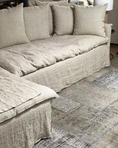 It's remarkable! Take a look at these 13 pointers all regarding polster erneuern polster ideen polster neu beziehen Cozy Living Rooms, Living Room Sofa, Home Living Room, Deep Couch, Linen Couch, Comfortable Couch, Living Room Flooring, Couch Covers, Sofa Furniture
