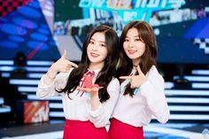 [SNS Vyrl] 170419 - Red Velvet 레드벨벳 ㅡ MTV Idol of Asia❤