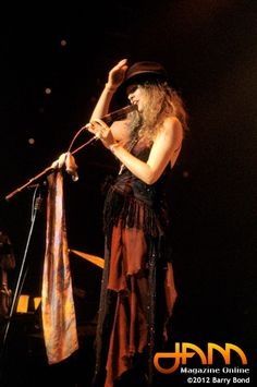 Stevie Nicks in a cool hat, Stevie rocks!
