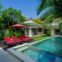 Do you want to be at the centre of the action but away from the crowds? an intimate villa estate that's tucked away in a hidden oasis within walking distance of bustling #Seminyak! Check it out : buff.ly/2rubnqB . .  #bali  #seminyakvilla #geriabali #balibible #balivilla #beautifuldestination #travellerworld #ootd #luxuryworldtraveler #luxuryvilla #theluxurylifestylemagazine #hgtv #villa #villas #villainbali #trip #luxwt #sassychris1 #holiday #hospitality #honeymoon #vacation #trulyasia
