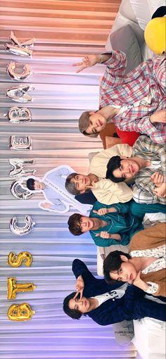 Foto Bts, Bts Photo, Bts Taehyung, Bts Bangtan Boy, Bts Video, Foto E Video, Jung Hoseok, Kpop, Les Bts