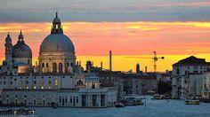 Dusk in Venezia ♦ Venice, Italy   by Jack Metthey