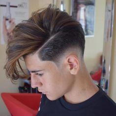 1,187 個讚,8 則留言 - Instagram 上的 Mens Hair Hub(@menshairstylehub):「 or this hairstyle ? ✂ Cc @the_barber_game My Pages : ➡ @menshairstylehub . . . . #thedapperhaus… 」