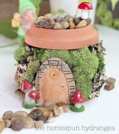 Fairy Garden Pots, Beach Fairy Garden, Fairy Garden Supplies, Fairy Garden Houses, Fairy Gardening, Fairies Garden, Gnome Garden, Garden Art, Container Gardening
