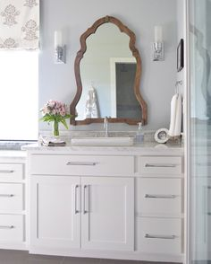 Good morning!!  Don't miss my @Havenconf recap still live #OnTheBlog if you missed it yesterday!!  Mirror and all other bath resources can be found ➡️ @liketoknow.it and/or at ➡️ menu ➡️ Shopping Resources ➡️ Bathrooms from my site.  Just follow the link in profile and have a happy Thursday✨  Wall color is Silver Lake by @benjaminmoore  http://liketk.it/2p117 #liketkit