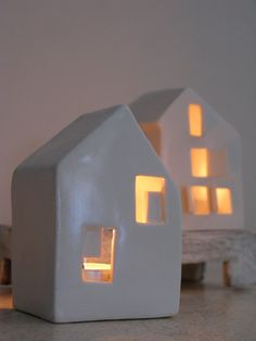 Etsy の Ceramic Candle Holder Love Houses by SimoneCeramics