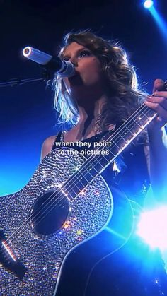 Taylor Swift Red Songs, Taylor Swift Singing, Taylor Swift Funny, Selena And Taylor, Taylor Swift Hair, Taylor Swift Videos, Taylor Swift Quotes, Red Taylor, Taylor Alison Swift