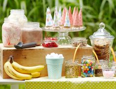 13 Ways To Create The Perfect Summer Baby Shower - ice cream sundae bar Ice Cream Theme, Ice Cream Party, Home Made Simple, Sundae Bar, Ice Cream Social, Icecream Bar, Party Entertainment, Birthday Party Themes, Themed Parties