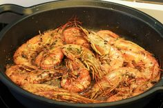 Langostinos al coñac - Recetasderechupete.com Shrimp Recipes, Fish Recipes, Mexican Food Recipes, Ethnic Recipes, Easy Cooking, Cooking Recipes, Healthy Recipes, Seafood Dishes, Fish And Seafood