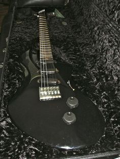 Lace Helix Guitar with twisted neck.