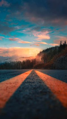 Canadian Road Parallax iPhone Wallpaper - iPhone Wallpapers