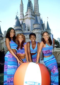 The time they went to Disney World wearing this | The 25 Most Embarrassing Destiny's Child Coordinated Looks